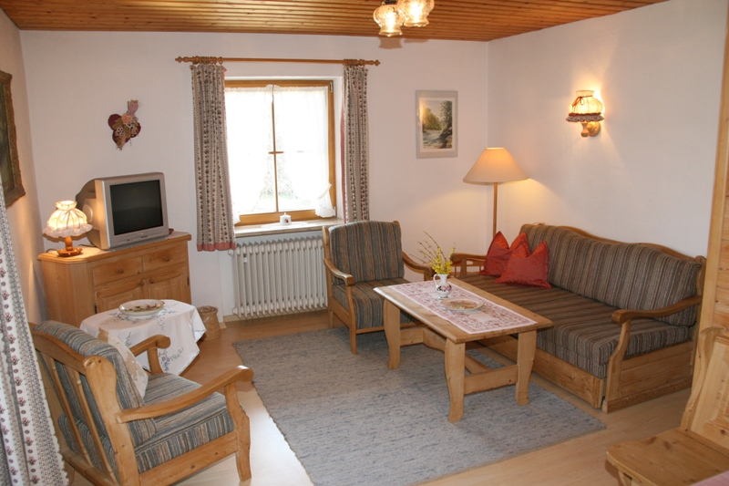 Ferienwohnung Gästehaus Hächer (DE Schleching). Ferienwohnung Nr. 3 bis 2 Pers., 32 qm Studio Rudersburg (711547), Schleching, Chiemgau, Bayern, Deutschland, Bild 3