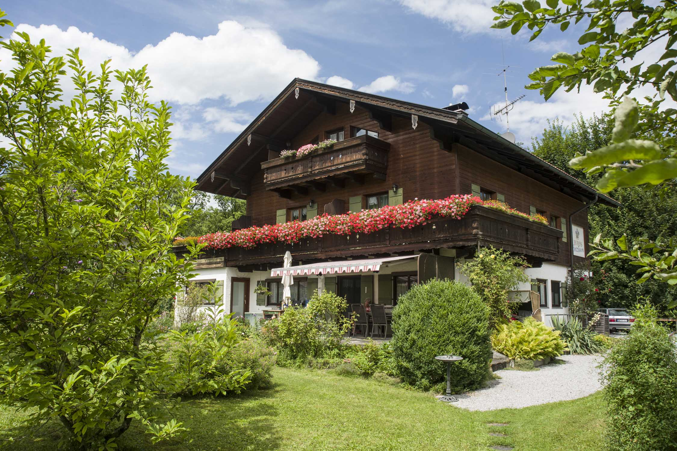 Ferienwohnung Haus Enzian (DE Oberaudorf). 1-Zimmer Ferienwohnung 35qm (709911), Oberaudorf, Chiemgau, Bayern, Deutschland, Bild 1