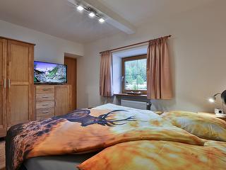 Schlafzimmer Ferienwohnung Berchtesgaden / Urheber: Josef Stöckl / Rechteinhaber: © Josef Stöckl