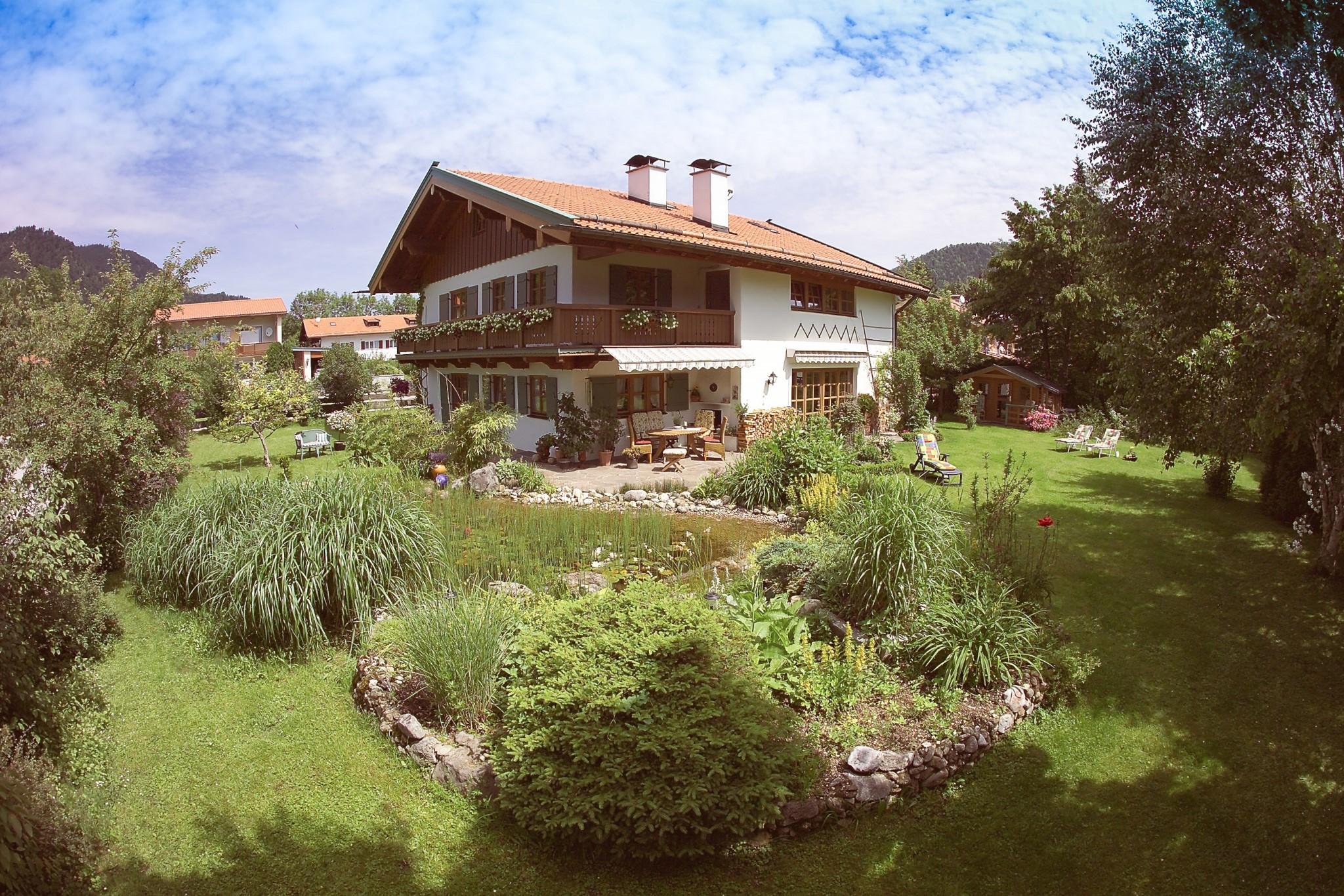 Haus Gstatter (DE Ruhpolding). Ferienwohnung (67qm), Balkon, Küche ...