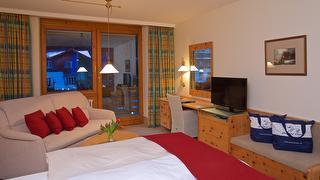 Yachthotel Chiemsee Doppelzimmer Westseite - Zimmerbeispiel