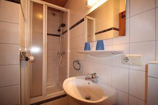 Ferienwohnung 2 Watzmann Badezimmer
