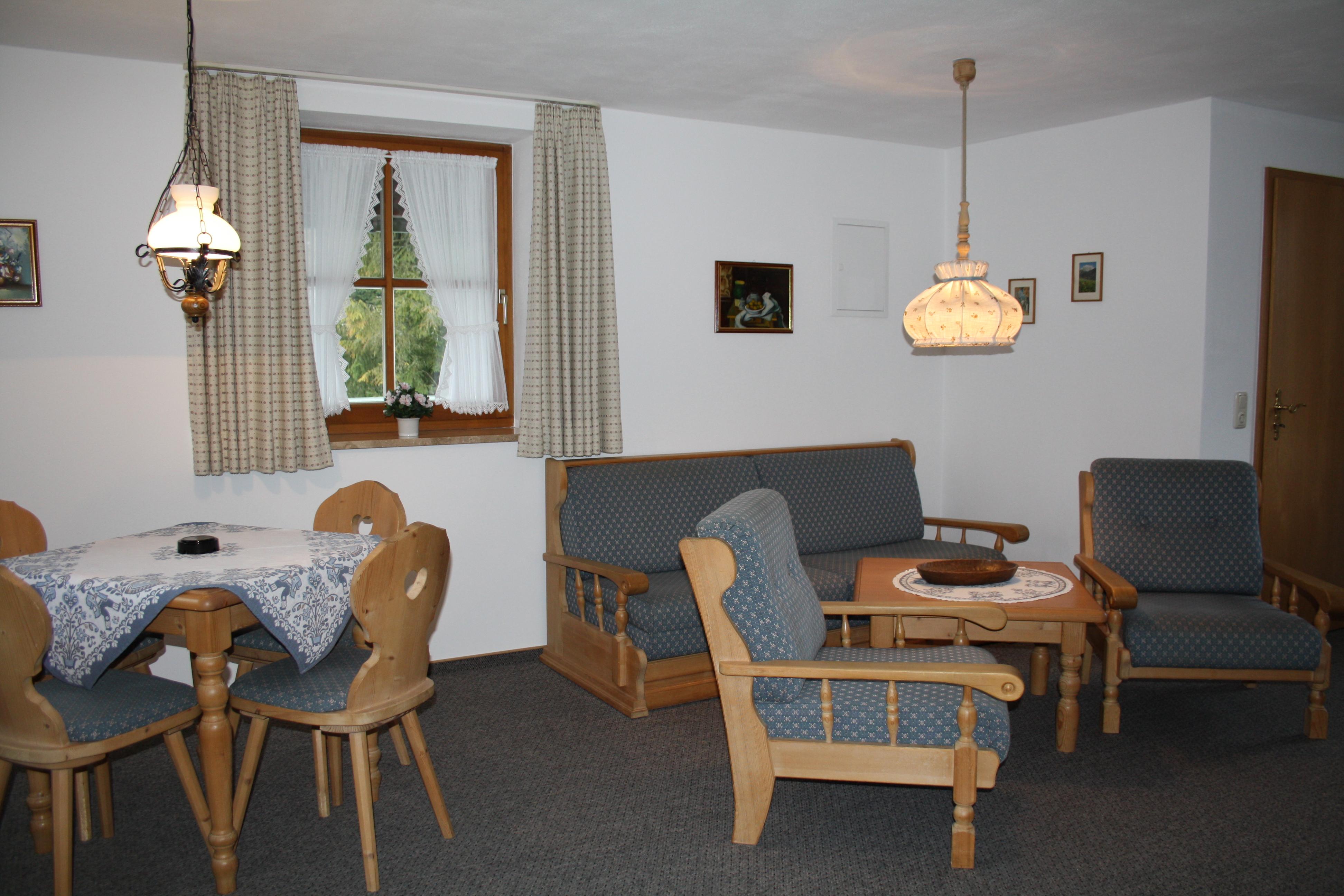 Haus bodnerwies gra l wolfgang de sch nau a k nigssee for Wohnzimmer 19 qm