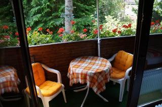 Balkon mit Sitzgruppe bei Hofmann