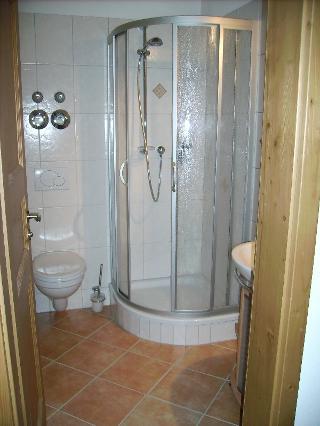 Dusche der Ferienwohnung Zaggl