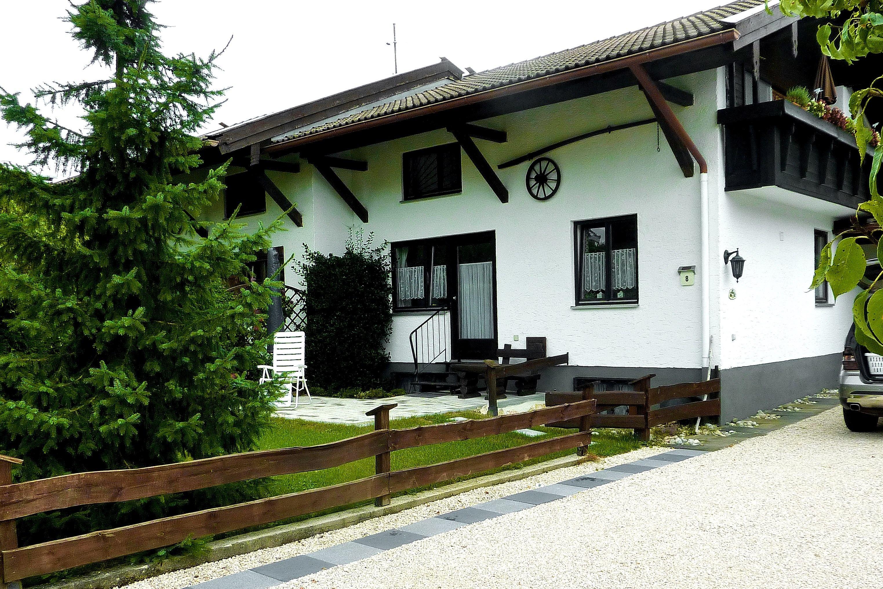 Haus Monika De Ubersee Ferienwohnung 100 Qm 2 6 Personen Chiemsee