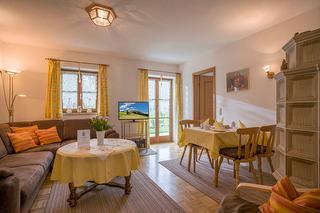Wohnzimmer in der Ferienwohnung Auerbach