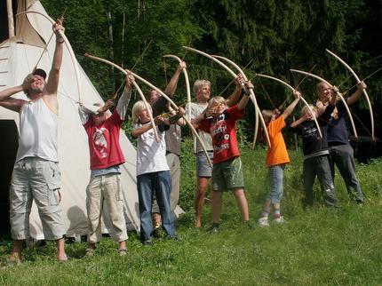 Bogenbau und Bogenschießen - für Erwachsene und Kinder ab 11 Jahre