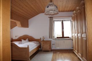 Schlafzimmer Wg. 2