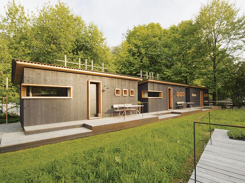 berge moormann de aschau im chiemgau zaungast gartenhaus 17 qm mit terrasse und garten. Black Bedroom Furniture Sets. Home Design Ideas