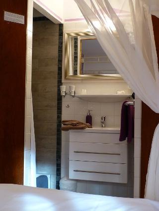 """Waschtisch/Dusche Zimmer """"Hortensie"""""""