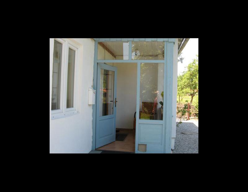 Eingangsbereich im Landhaus.jpg