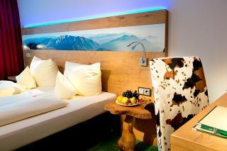 Doppelzimmer Alpenstil (upgrade auf Komfort)