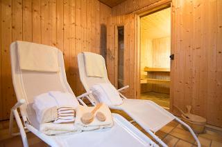 Erholung pur: Komfortabler Saunabereich im Untergeschoss des Hauses.
