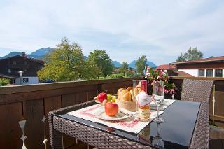 Frühstück in der Morgensonne: Ein herrlicher Urlaubstag wartet auf Sie!