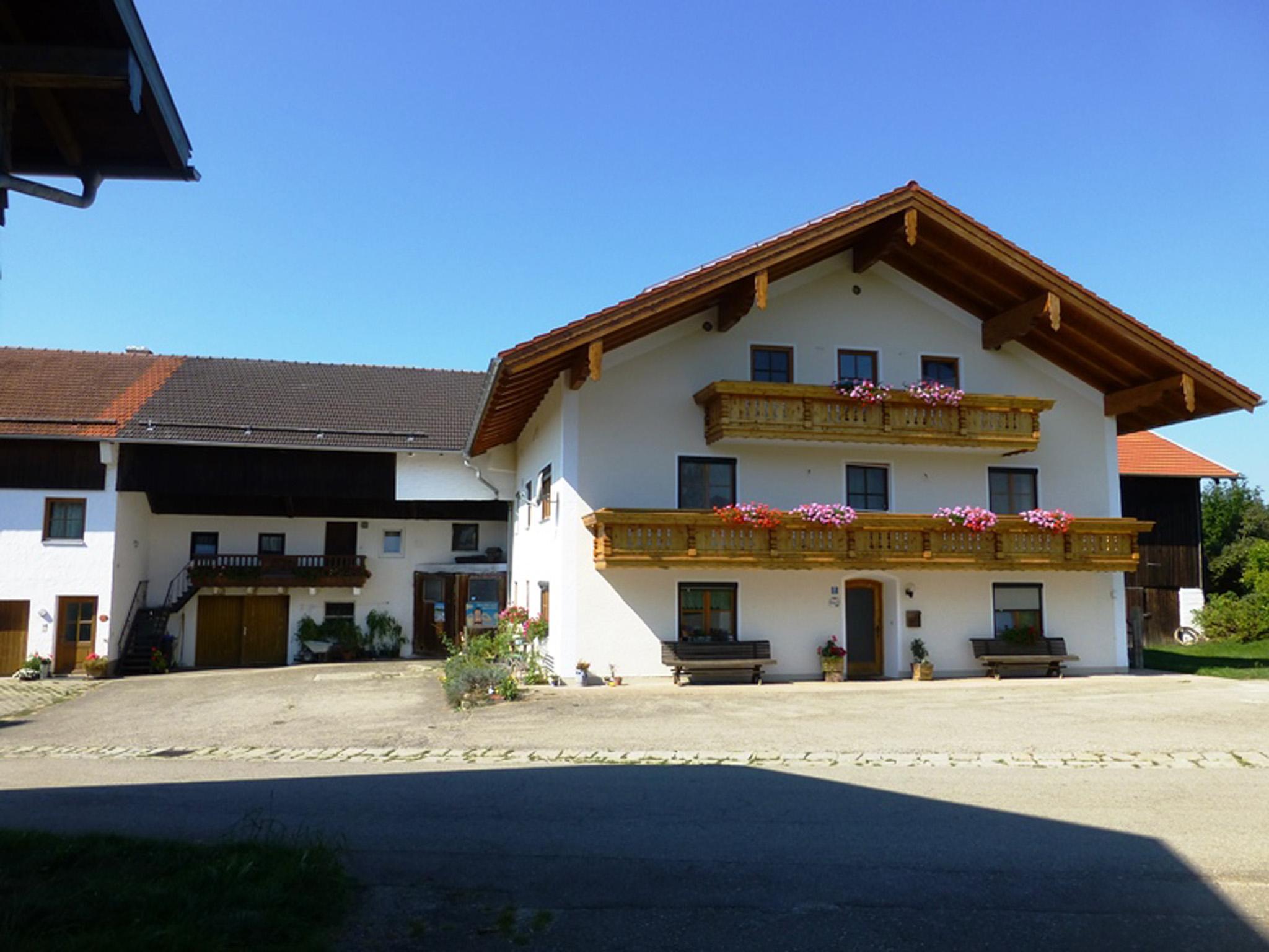 Ferienwohnung Bösch (DE Waging). Ferienwohnun Ferienwohnung  Oberbayern