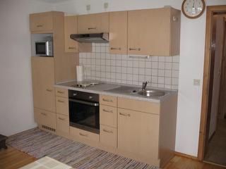 Fewo Sinlge + Kind - Küchenzeile -