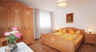 Ferienwohnung 10 Göll Schlafzimmer III