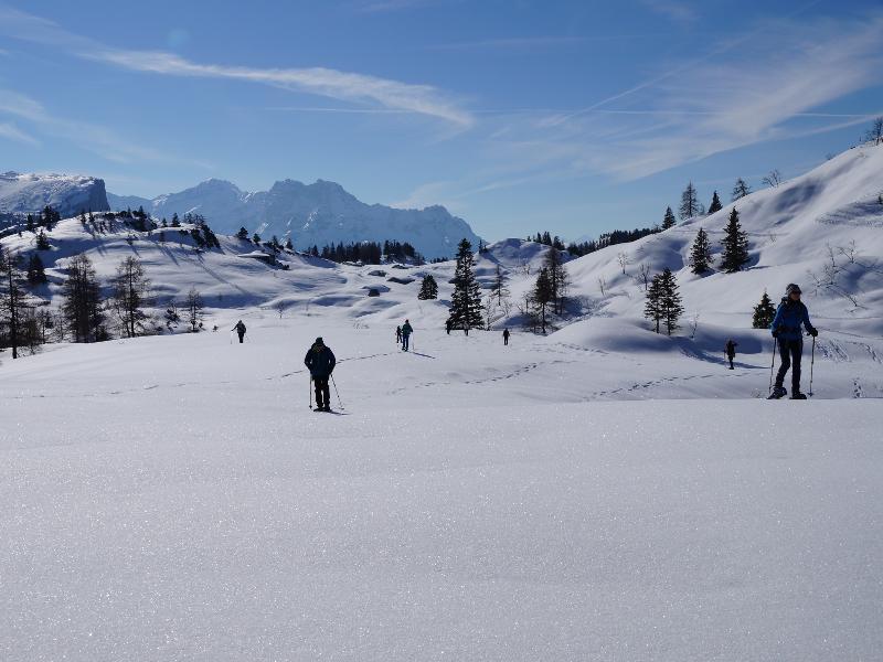Überschreitung mit 360° Panorama | Einfache Schneeschuhwanderung