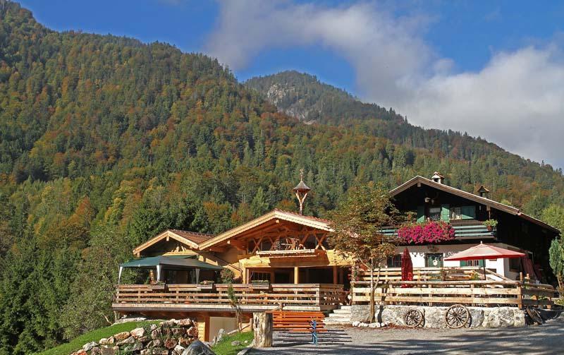 """""""Bayerischer Herbst"""" - Wanderung zum Almnachmittag mit Musik"""