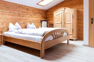 Schlafzimmer kl. FW