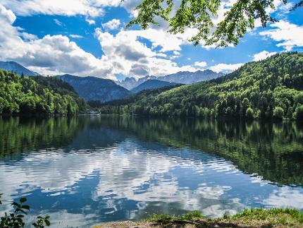 Geführte Seen-Wanderung