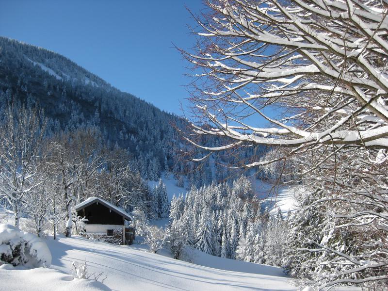 """Winterzauber: """"Holladaritijo"""" - Winterwanderung und Jodeln auf der Käseralm"""