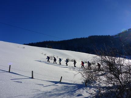 Auf einen Sprung zum Schneeschuhgehen - einfache Schneeschuhwanderungen