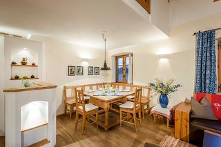 Ferienwohnung Adler, Tisch, Familienurlaub
