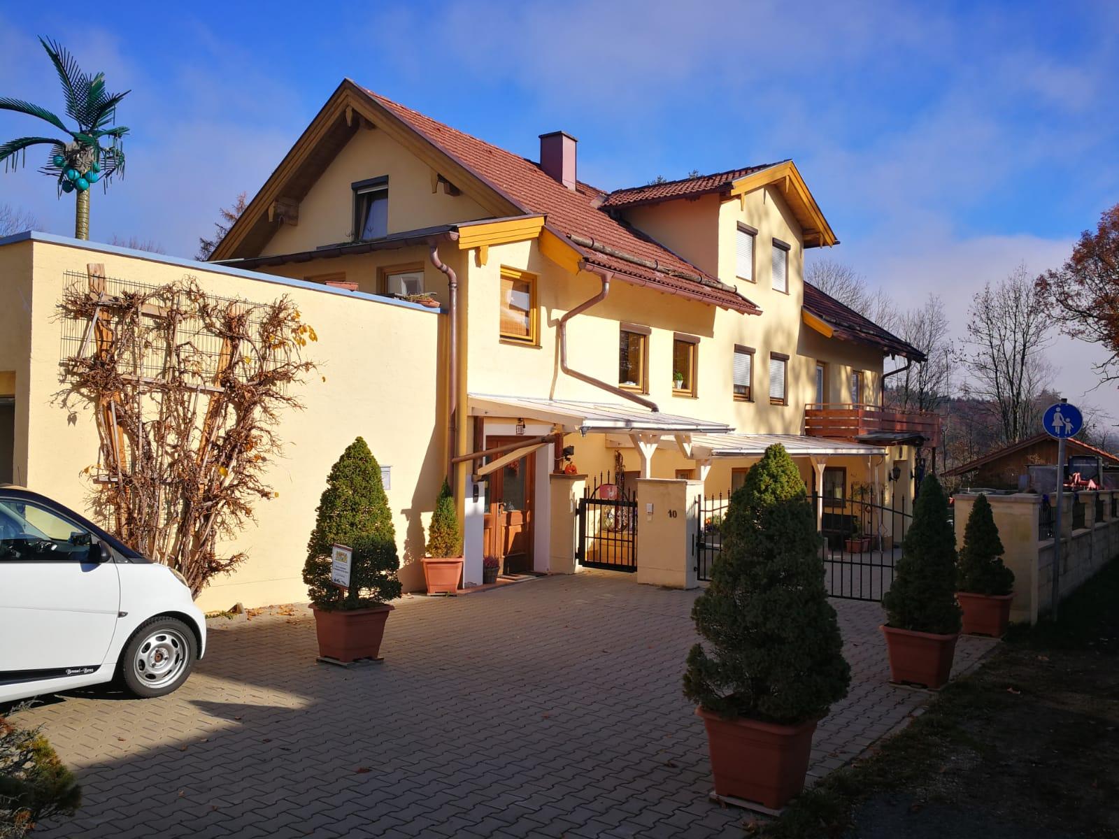 Bauers Ranch (DE Traunstein). Bauers Ranch, EG-Woh Ferienwohnung  Oberbayern