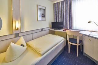 Einzelzimmer / Urheber: Hotel Alfa GmbH / Rechteinhaber: © Hotel Alfa GmbH