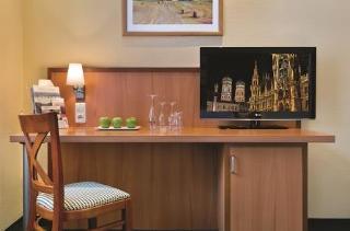 Standard Doppelzimmer - Schreibtisch