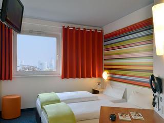 Doppelzimmer / Urheber: B&B Hotel Frankfurt Niederrad / Rechteinhaber: © B&B Hotel Frankfurt Niederrad