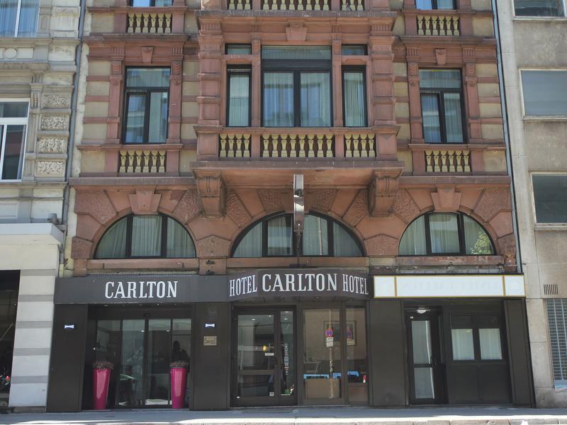 hotel carlton frankfurt tourismus. Black Bedroom Furniture Sets. Home Design Ideas