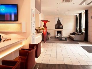Lobby mit Bar / Urheber: Hotel Hamburger Hof / Rechteinhaber: © Hotel Hamburger Hof