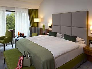 Grand Deluxe Zimmer / Urheber: Kempinski Hotel Frankfurt / Rechteinhaber: © Kempinski Hotel Frankfurt
