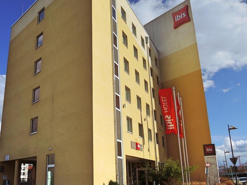 ibis hotel frankfurt city messe frankfurt tourism. Black Bedroom Furniture Sets. Home Design Ideas