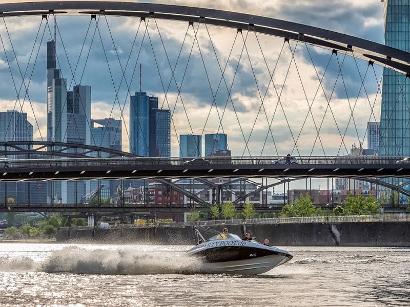 8c6b71fb28e952 Jet Boot Action Tour - Frankfurt am Main   Author  Partyboot Deutschland  GmbH   Copyright