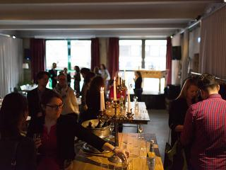 WEIN AN DEN LIPPEN - Culinary Networking / Author: The Cooking Ape GmbH Co. KG