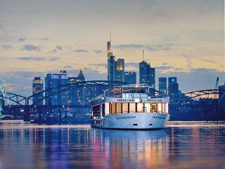 Frankfurt an Bord! / Urheber: Frankfurter Personenschifffahrt - Primus Linie / Rechteinhaber: © Frankfurter Personenschifffahrt - Primus Linie