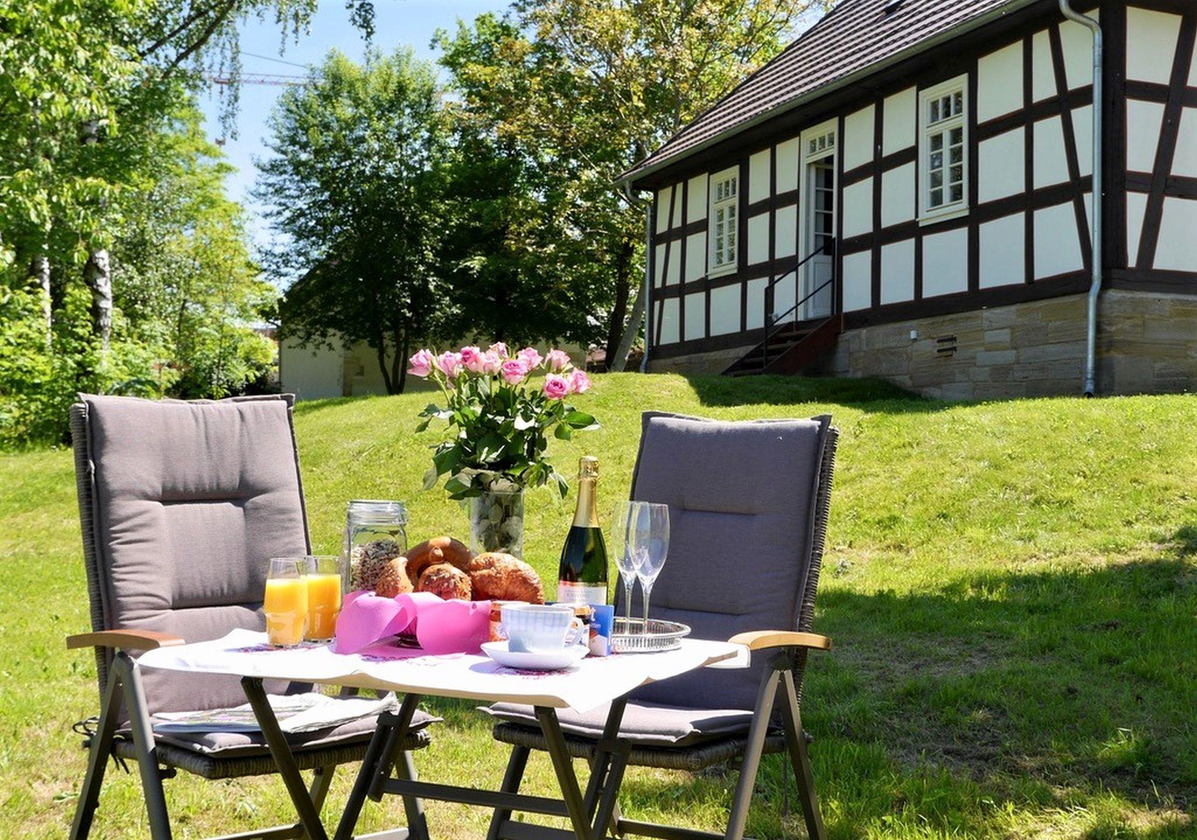 Ferienhaus Gutshof Gästehaus (Frielendorf). Historisches Schäferhaus, 70qm, Terrasse, 1 Schlafzimmer, (2546851), Frielendorf, Nordhessen, Hessen, Deutschland, Bild 2