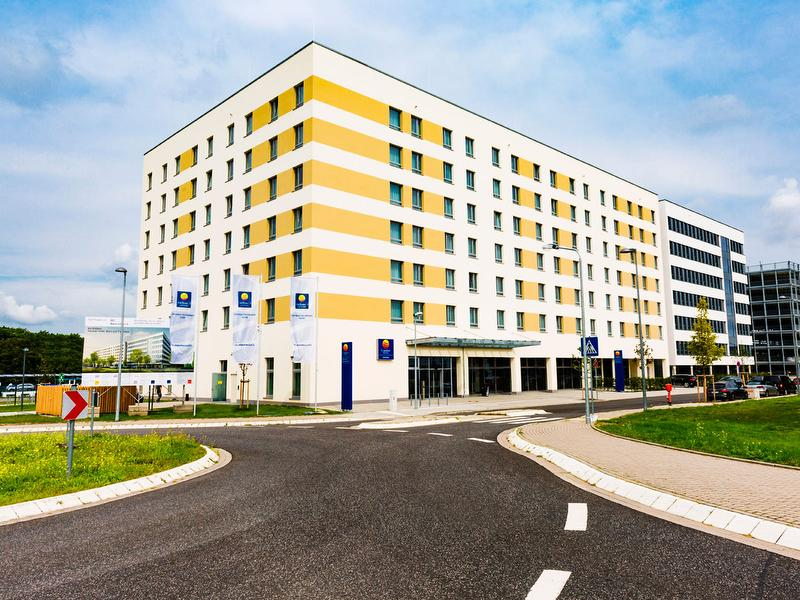 Comfort Hotel Kelsterbach Airport West