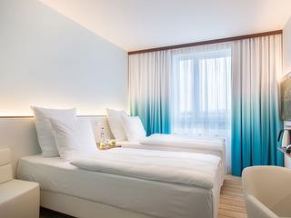 Zweibettzimmer / Urheber: Comfort Hotel Airport-West / Rechteinhaber: © Comfort Hotel Airport-West