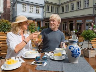 Apfelwein für Fortgeschrittene / Urheber: Holger Ullmann / Rechteinhaber: © #visitfrankfurt