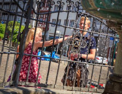 Stadtführung für Kinder/Jugendliche: Hannover für kluge Köpfe (ohne Turmauffahrt)