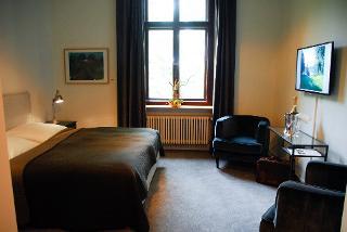Hotel Schloss Reichenow - Zimmerbeispiel / Urheber: Hotel Schloss Reichenow / Rechteinhaber: © Hotel Schloss Reichenow