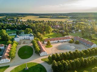 Luftaufnahme 2017, Fotokraftwerk / Urheber: Hotel Schloss Neuhardenberg_c_Fotokraftwerk / Rechteinhaber: © Hotel Schloss Neuhardenberg_c_Fotokraftwerk
