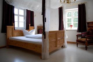 Doppelzimmer im Hotel Kaisermühle / Urheber: Hotel Kaisermühle / Rechteinhaber: © Hotel Kaisermühle