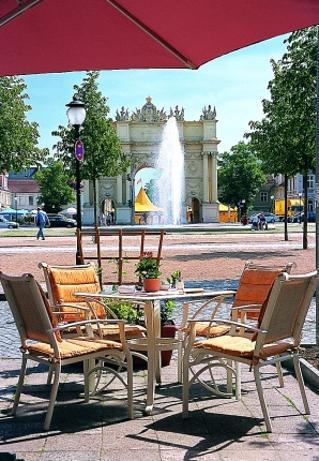 Frühstück am Luisenplatz