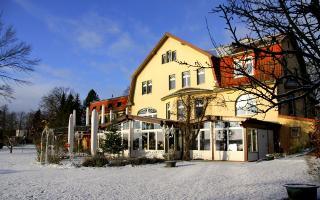 """Hotelansicht Landhaus am See """"Alte Eichen"""""""